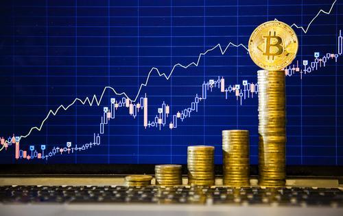 Цена биткоина преодолела отметку в 4200$